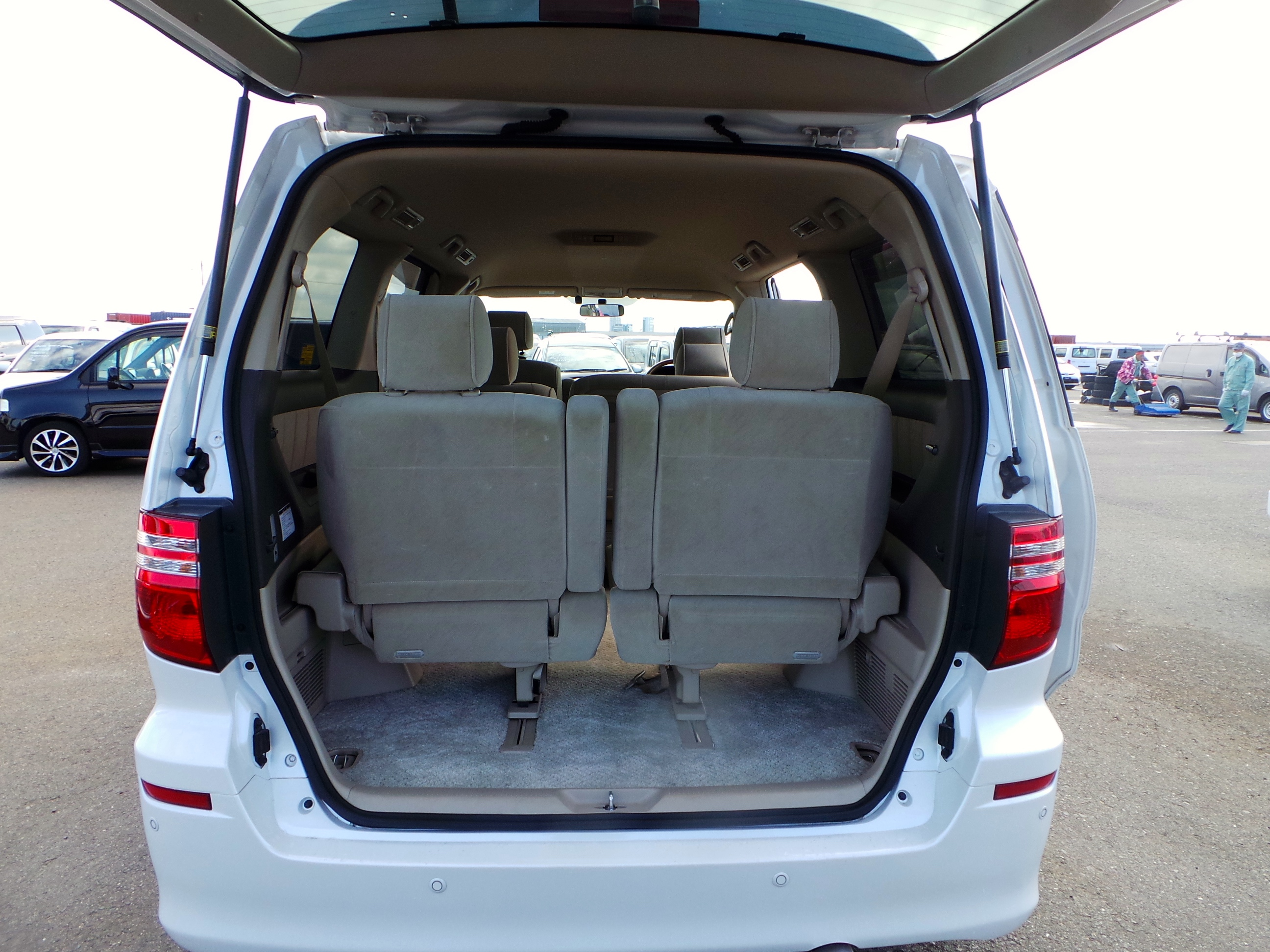 Imperial Leisure Vehicles In Stock 2007 Toyota Alphard
